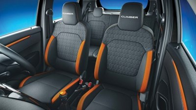Climber Premium contoured seats with integrated headrests